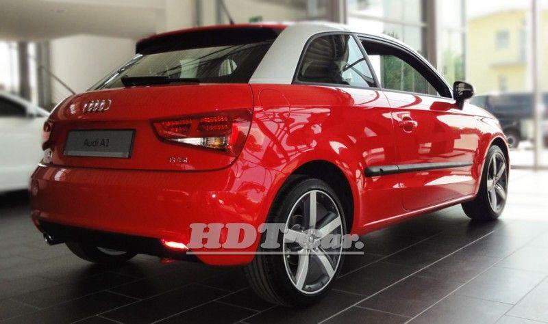 Ochranné lišty bočních dveří AUDI A1 2011r