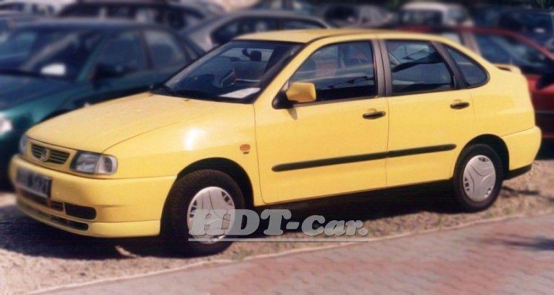 Ochranné lišty bočních dveří SEAT Cordoba 1993