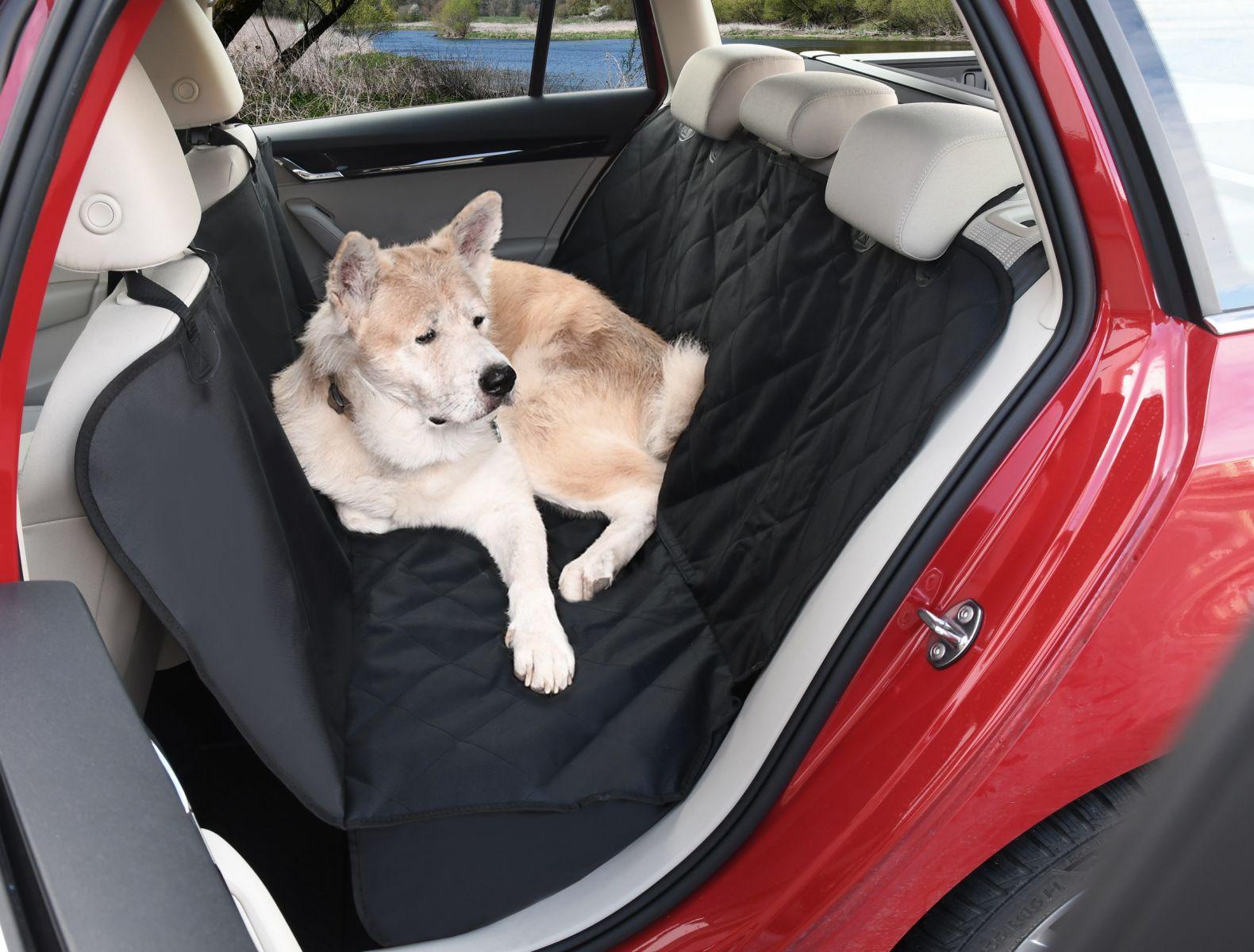 Autopotah mezi sedadla do auto pro psa PRIME EAR 137x146cm