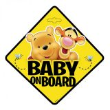 Dítě v autě na přísavku Medvídek Pú, baby on board 13 x 13 cm