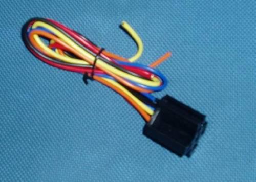 Objímka na relé s kabelem iz